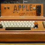 Primul calculator creat de Steve Jobs si Steve Wozniak, Apple 1, a fost cumparat la o suma record  Titan - Cel mai puternic super computer din lume calculator apple1